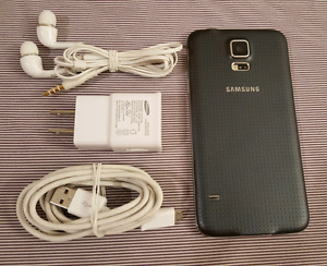 Samsung S5  16gb + 32gb with Videotron * MINT CONDITION