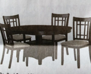 5pc dining set in excellent condition