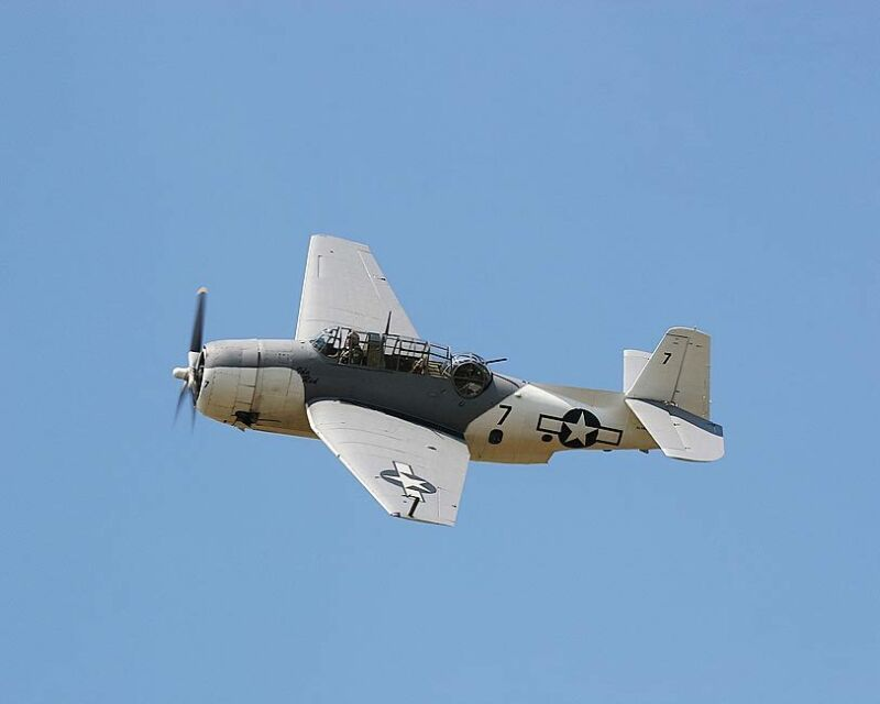 GRUMMAN TBF AVENGER WWII AIRCRAFT 8x10 SILVER HALIDE PHOTO PRINT