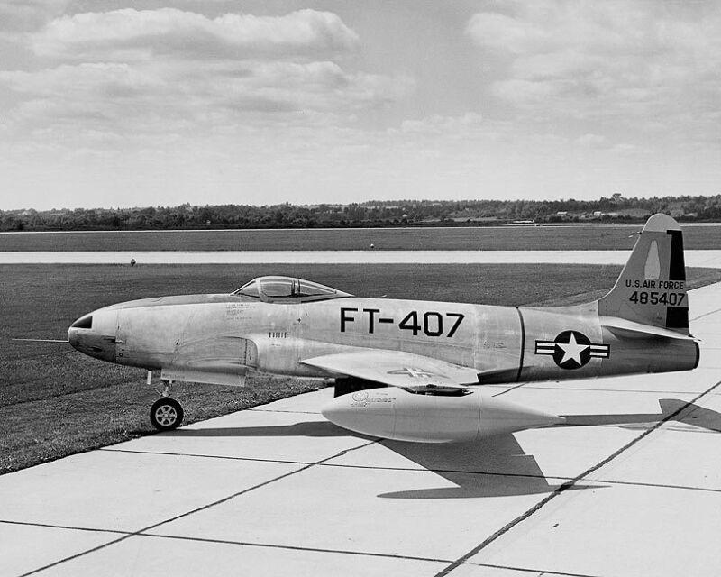 LOCKHEED F-80 SHOOTING STAR AIRCRAFT 8x10 SILVER HALIDE PHOTO PRINT