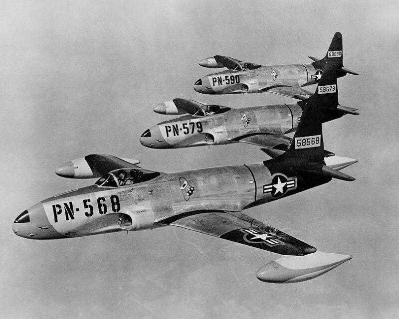 LOCKHEED F-80 SHOOTING STARS IN FLIGHT 8x10 SILVER HALIDE PHOTO PRINT