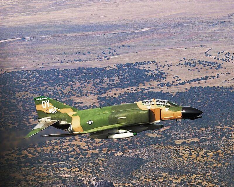 F-4 PHANTOM II FIGHTER JET AIRCRAFT 8x10 SILVER HALIDE PHOTO PRINT