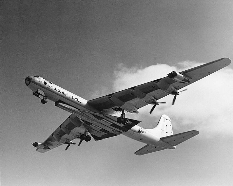 CONVAIR B-36 PEACEMAKER BOMBER 8x10 SILVER HALIDE PHOTO PRINT