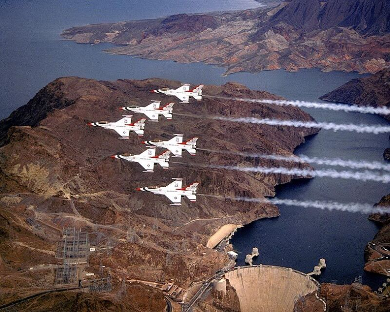 U.S. AIR FORCE THUNDERBIRDS HOOVER DAM 8x10 SILVER HALIDE PHOTO PRINT