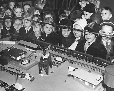 CHILDREN W/ TOY TRAIN SET CHRISTMAS 1950'S 8x10 SILVER HALIDE PHOTO PRINT