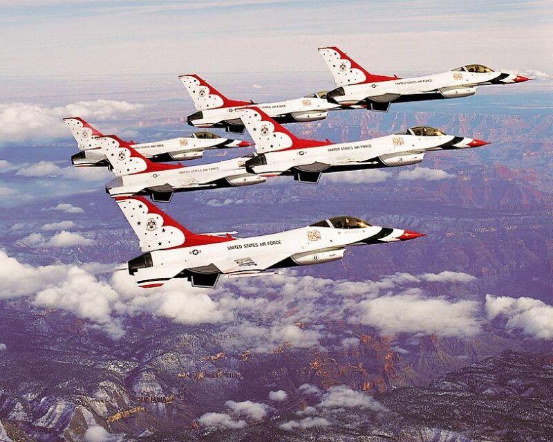 U.S. AIR FORCE THUNDERBIRDS GRAND CANYON 11x14 SILVER HALIDE PHOTO PRINT