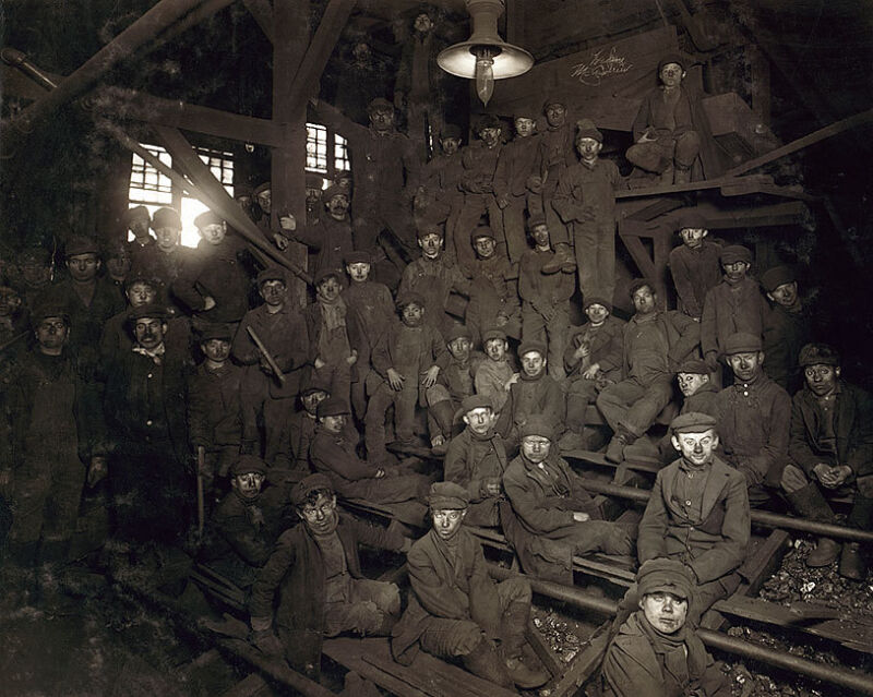 COAL MINERS PENNSYLVANIA LEWIS HINE 1911 16x20 SILVER HALIDE PHOTO PRINT