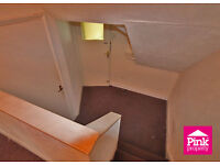 Top floor apartment with generous space, a must see.