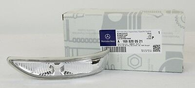 Mercedes A B-Klasse W169 245  Spiegelblinker links Blinker Spiegel A1698200521