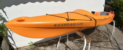 Mission XSTREAM 420 kayak with the lot!