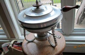 Vintage Fondue Pot Kitchener / Waterloo Kitchener Area image 1