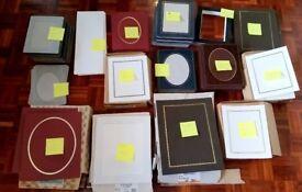 Photograph folders and mounts