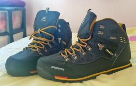 brand new mens walking boots