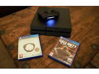 PS4 500GB + 2 games