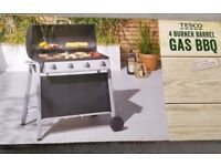 TESCO 4 BURNER GAS BARREL BARBEQUE / BBQ WITH COVER, NEW IN BOX
