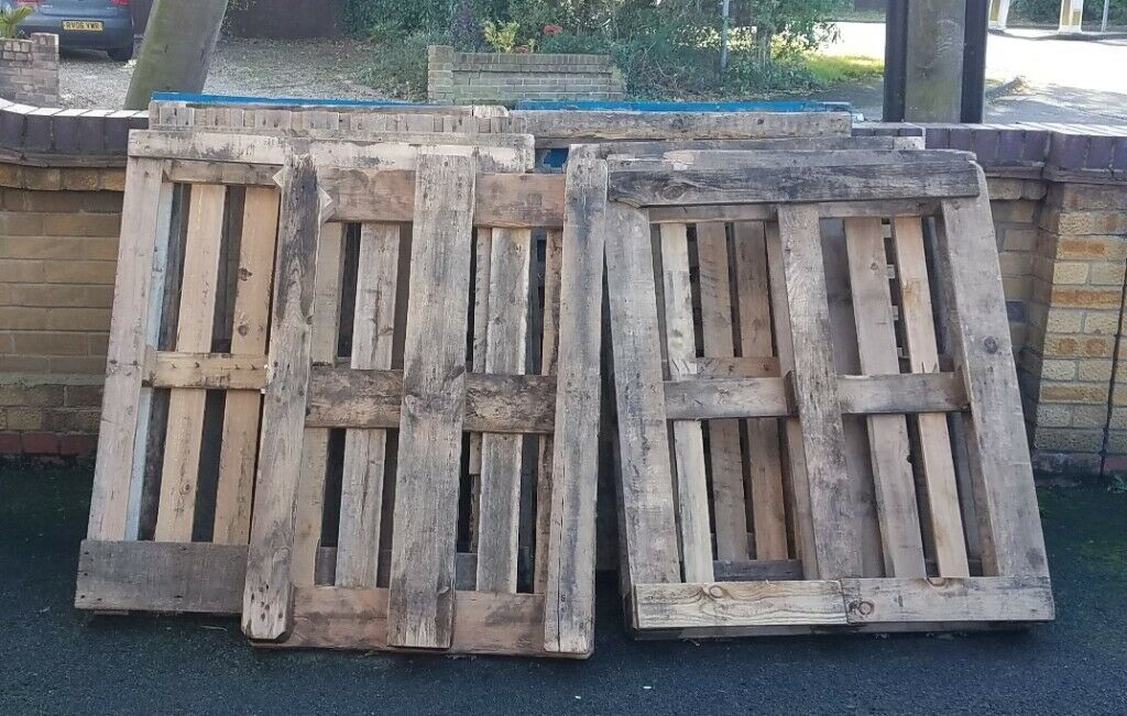 Free 13 Pallets for pickup CM4   in Stock, Essex   Gumtree