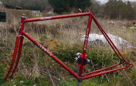 """Vintage Elswick Mistral 23"""" steel road bike frame, ideal for fixie"""
