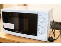 Cookworks 700w microwave - White
