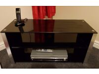 Black High-Gloss Boutique 42'' TV Stand