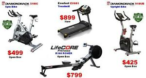 Lifecore R100 Commercial Magnetic Tension Rower Rowing Machine