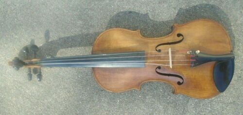 fine antique Stradivarius  model full size  violin ready to play