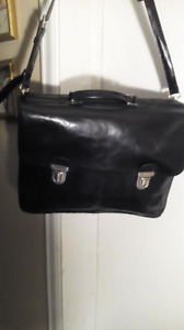 Roots Vintage black leather briefcase in new condition