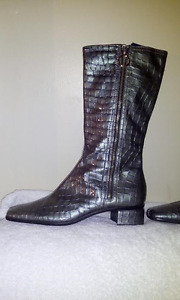 Aquatalia Boots size 10 worn once new $460+