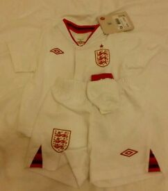 NEW England baby kit 3-6m