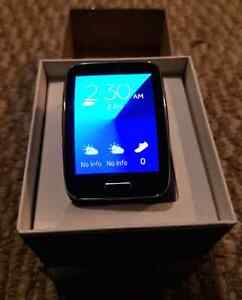 Samsung Gear S smart watch with Sim Compatibility