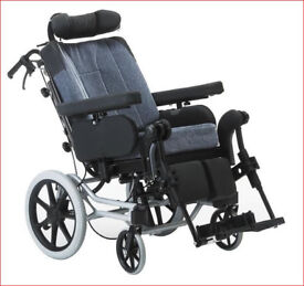 Wheelchair - Top of the range NEVER USED Rea Azlea from Invacare