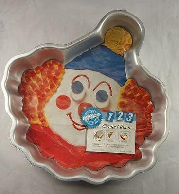 Circus Cakes (Circus Clown Cake Pan from Wilton)