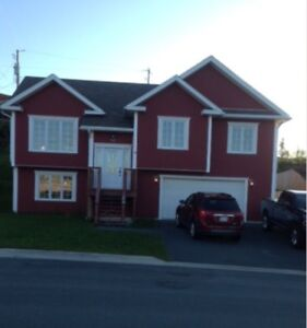 Full house with Large Garage for rent in Kelligrews