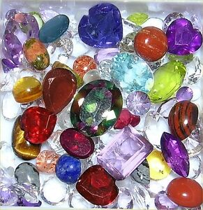 wholesale lot of 25 carats faceted and cabochon