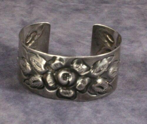 Vintage Maciel Mexico Sterling Silver Floral Flower Cuff Bracelet Heavy