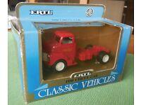 1950 Chevy Cab Truck model 1;43 Deicast by ERTL