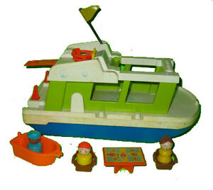 Fisher Price #985 Play Family Houseboat Saint-Hyacinthe Québec image 1