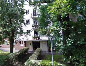 Hurry!! - Spacious, modern, ideally located 4 bed - £600 pw