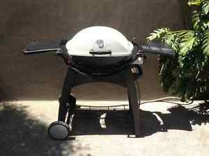 WEBER Q200 (Natural Gas) with Cart/Stand Erskineville Inner Sydney Preview