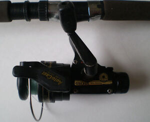 DAIWA 2-PIECE CASTING ROD AND SPINNING REEL COMBO