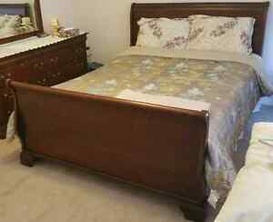 SLEIGH BED SUITE