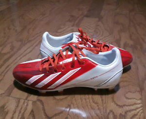 Youth Adidas Soccer Shoes Size 7