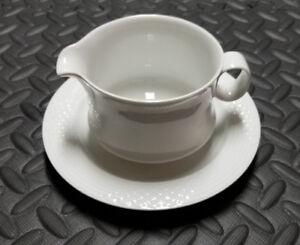 Bianca Scala Glossy By HUTSCHENREUTHER Gravy Boat and Saucer