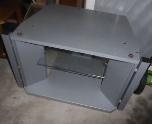 Silver TV table with glass shelf Kitchener / Waterloo Kitchener Area image 1