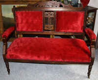 Antique Solid Wood Setee / Hall Chair - Excellent Condition