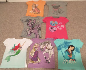 Toddlers Old Navy T-shirts sz 5T