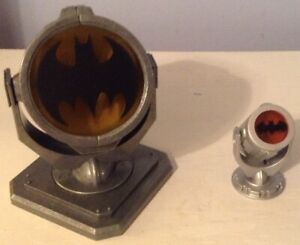 DC COMICS BATMAN BAT SIGNAL REPLICA
