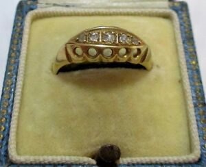 Vintage (1938) 18k Yellow Gold ring with mine cut Diamonds