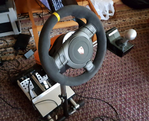 Fanatec GT3RS steering wheel, pedals, shifter