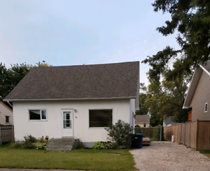 Charming home in Dauphin MB!!