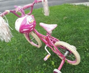 Child bicycle for girl ages 3-8 like BRAND NEW JUST 45$